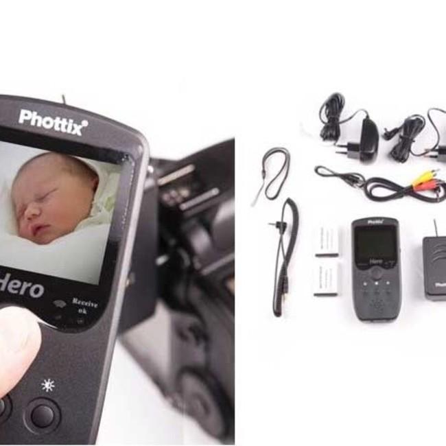 Видоискатель с беспроводным пультом дистанционного управления Phottix Hero в комплекте с кабелями