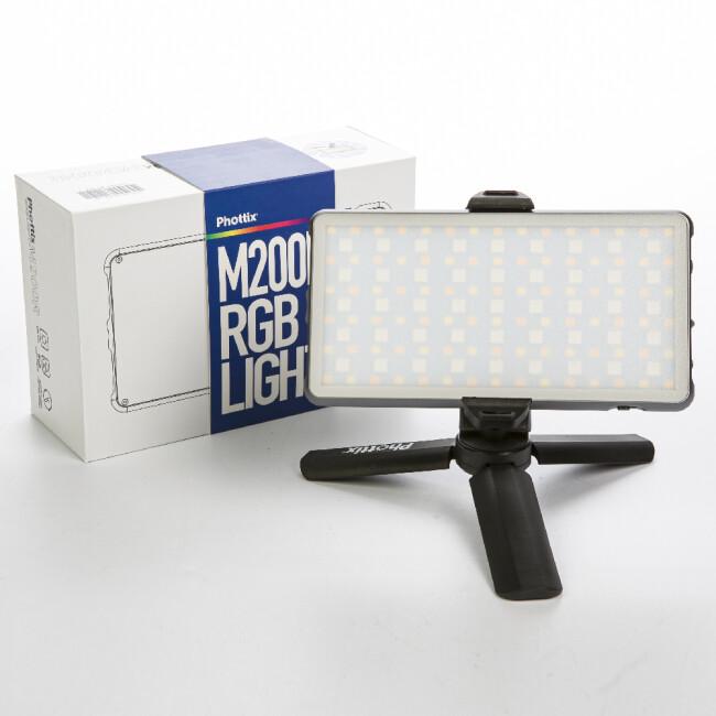 Phottix (81419) M200R RGB Light светодиодная панель с аккумулятором и мини-штативом