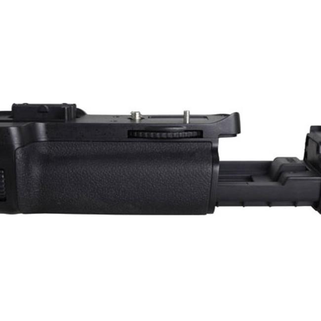 Многофункциональная аккумуляторная рукоятка Phottix BG-D7000 для Nikon D7000 (Батарейный блок MB-D11